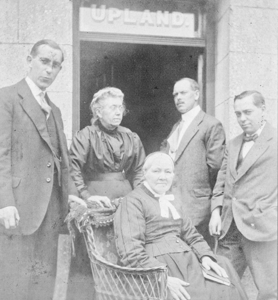 Photograph of Edmund with brothers and aunt